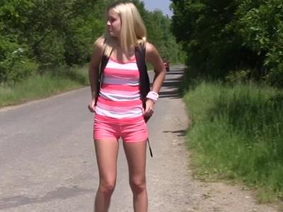 8 Teen XXX Tube : 若い女の子と無料のポルノ映画とセックスビデオ